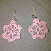 Ροζ σκουλαρίκια